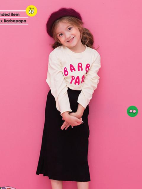 Lia吳苡瞳   Age: 7  Height: 118cm Bust: 0'' Waist: 21.6'' Hips: 24'' Shoes: 18 Eyes: Brown Hair: Brown